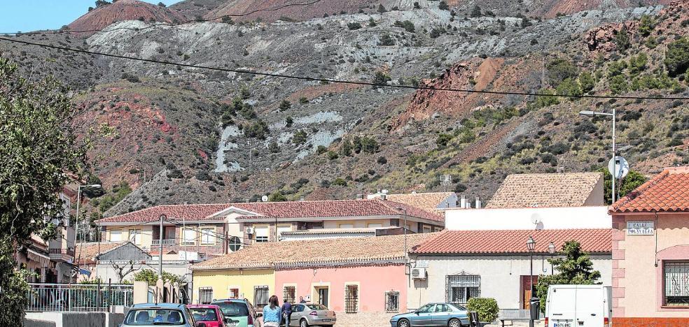 Salud busca fuentes de contaminación por metales alternativas a los residuos mineros