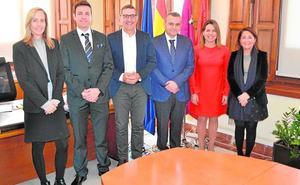 La Cátedra Primafrio promoverá la investigación e innovación en logística