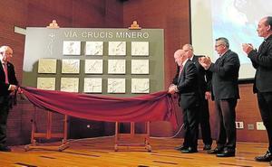 El Vía Crucis Minero estrena 14 bajorrelieves de Esteban Bernal