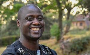 Un maestro de un pueblo remoto de África, mejor profesor del mundo 2019