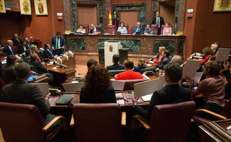López Miras y la oposición discrepan en el balance de la legislatura con duros reproches