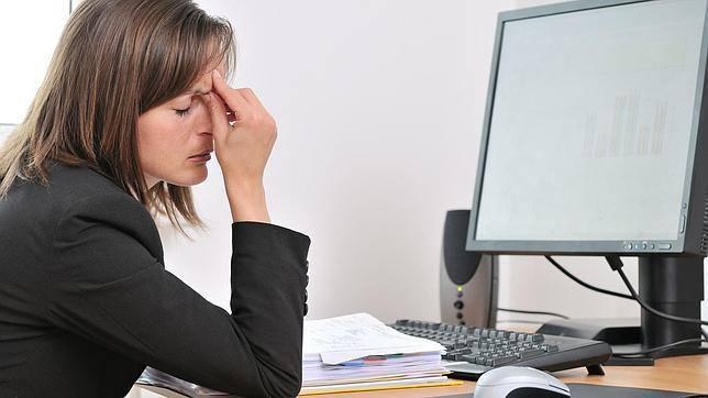 Denuncia a su jefe por «tirarse pedos» en la oficina