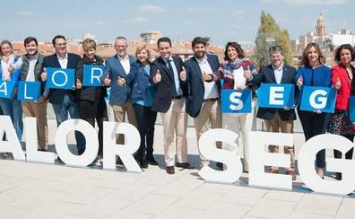 El PP presenta unas candidaturas al Congreso y Senado con «experiencia, juventud y peso en Madrid»