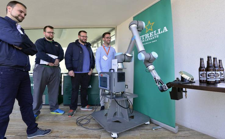 Las últimas tendencias de robótica llegan a Murcia