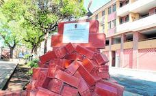 Monumento al gremio de la construcción