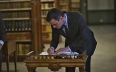 Sánchez pretende gobernar en solitario aunque esté en minoría tras el 28-A