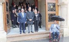 El concejal yeclano que denuncia las barreras arquitectónicas