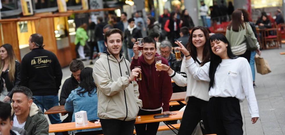 Mil y una birras a pie de plaza