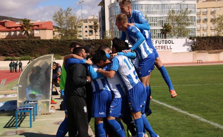 El viento y la insistencia del Villanovense privan al FC Jumilla de los tres puntos