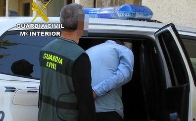 Dos detenidos en El Esparragal por presuntas estafas a través de internet