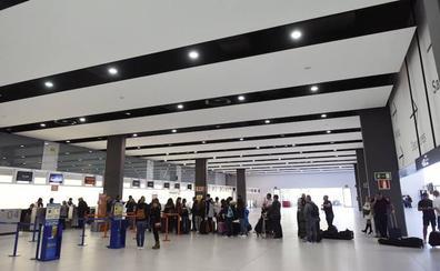 El aeropuerto de Corvera registra más de 121.000 pasajeros en el primer trimestre del año