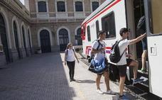 La línea de tren entre Murcia y Madrid contará con 7.000 plazas más en Semana Santa
