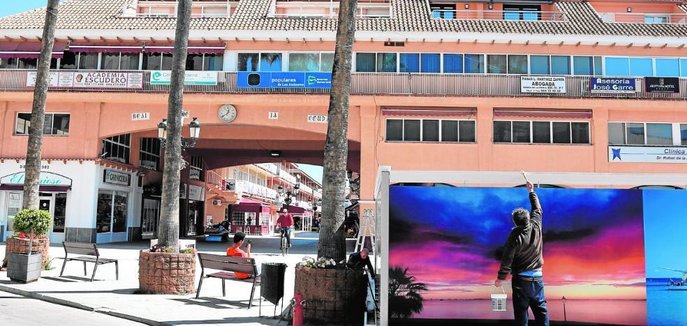 La remodelación del Paseo de la Feria de Los Alcázares reordenará las terrazas y los expositores