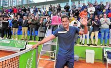 El Murcia Club de Tenis despide a Almagro con una sonora ovación