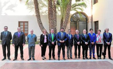 López Miras recibe al cuerpo diplomático de la Región