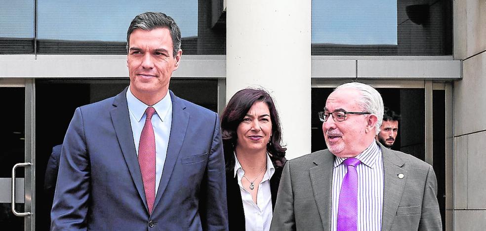 La UCAM despliega una ofensiva contra «la persecución y el maltrato» del PP