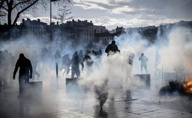 Entra en vigor la polémica ley antidisturbios de Macron