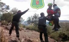 Rescatan a una senderista que sufrió un colapso en Sierra Espuña