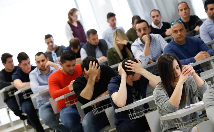 450 opositores se disputan 56 plazas de Policía Local en Murcia