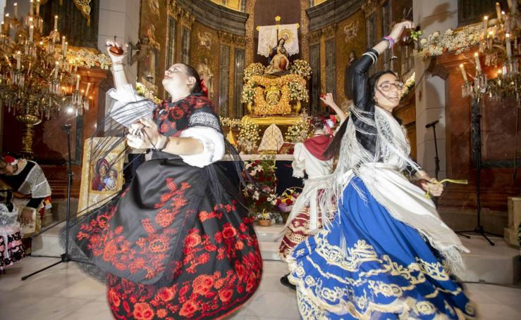 Ofrenda floral a la Virgen de la Caridad de Cartagena