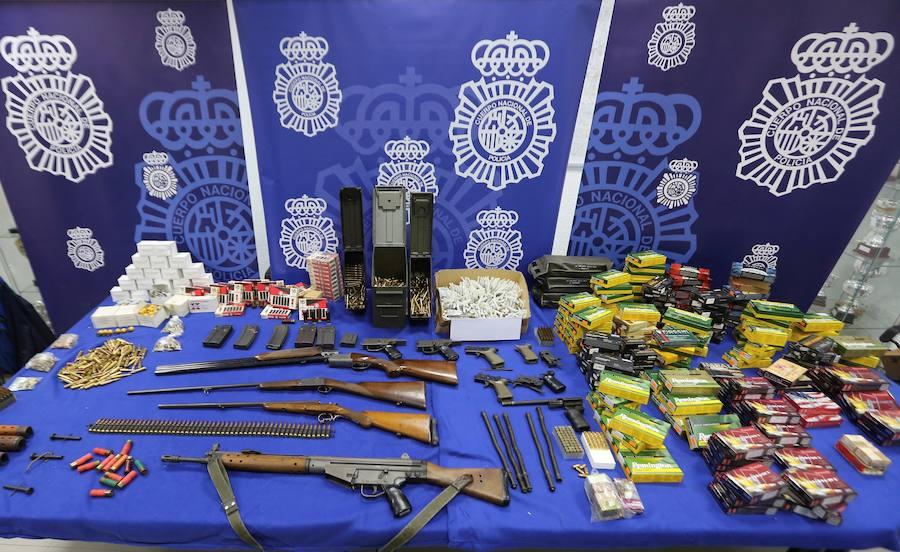 Detenido el responsable de un taller clandestino para modificar armas de fuego en Córdoba