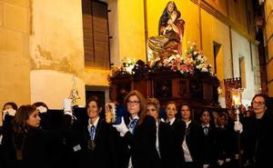 Las mujeres ya representan el 30% de los participantes en la Semana Santa murciana