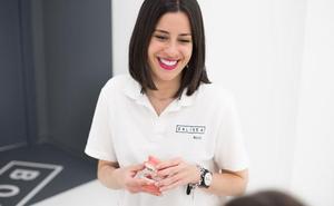 Centros ENLÍNEA celebra el Día de la Madre con ofertas en sonrisas
