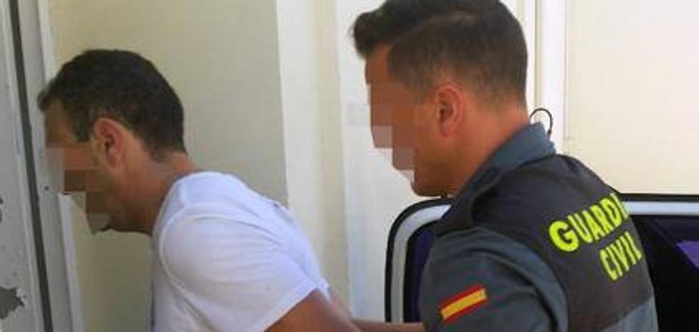 Los asesinos de 'El Perete' actuaron al grito de «¡Policía, abran la puerta!»