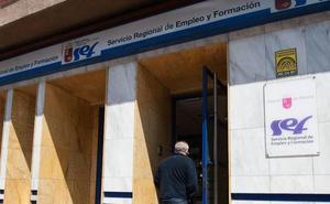 Los ayuntamientos de la Región contratarán a 300 parados para proyectos de interés social