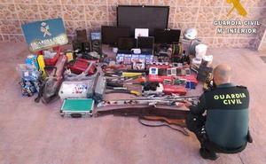 Detienen a cuatro personas por 11 robos con fuerza entre Murcia y Almería