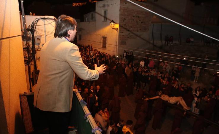Afligido canto al Crucificado en Lorca