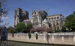 Una catedral «efímera» de madera se instalará junto a Notre Dame mientras duren las obras