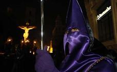 Cánticos de luto desde San Lorenzo para el Cristo del Refugio