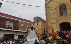 Albudeite celebra 'la quema de Judas' pese a la amenaza de lluvia