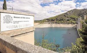 Las lluvias apenas alimentan la cabecera del Tajo, que baja al nivel de trasvases opcionales