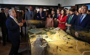 Los secretos del Castillejo de Monteagudo quedan al descubierto en una exposición