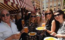 Murcia sale a la calle para celebrar el Entierro de la Sardina