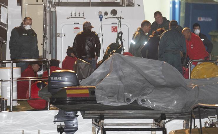 Interceptan una embarcación con 15 inmigrantes a bordo en Cartagena