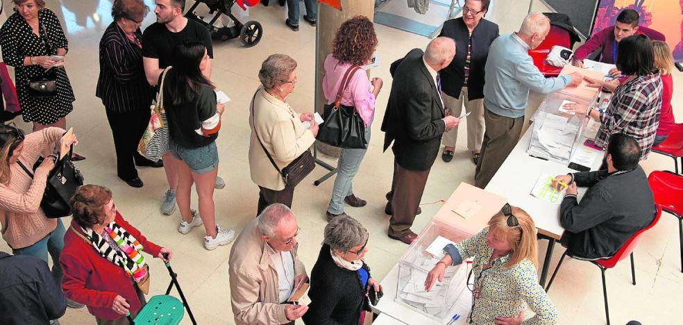 El PP se deja en las grandes ciudades de la Región de Murcia casi 95.000 votos
