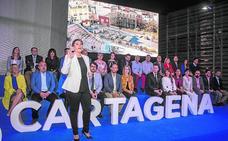 Arroyo pide a los cartageneros «que no se atan a siglas ni a colores» que voten al PP