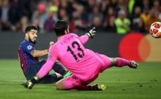 Luis Suárez recuperó el gol en Champions y fue el 500 del Barça