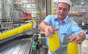 Las innovaciones permiten a los zumos murcianos su mayor avance en el exterior