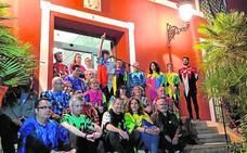 Miles de arlequines toman Alhama