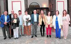 Premio a los jóvenes escritores