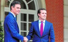 Casado propone a Pedro Sánchez pactos sobre agua y financiación autonómica