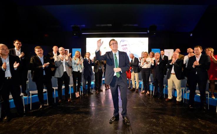 Ballesta recoge en su programa ampliar Murcia Río y construir dos parques metropolitanos