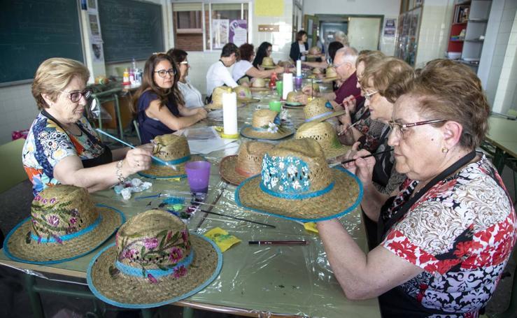 Talleres y actividades en el Centro de Adultos de Cartagena