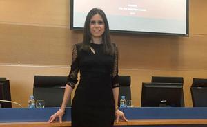 Cristina Bernal: «El uso desmedido de internet y WhatsApp puede conllevar dependencia»