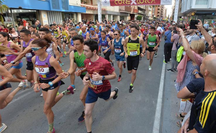 Miguel Ángel Barzola y Miriam Ortiz se llevan la IX Corre por Lorca