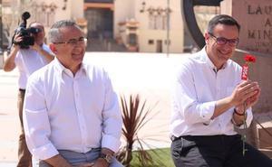 Conesa promete crear un bono de consumo cultural para apoyar al sector en la Región